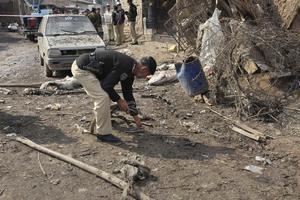 Βομβιστής σκόρπισε το θάνατο σε αστυνομικό τμήμα