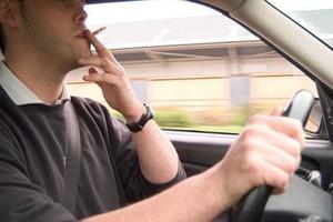 Τσιγάρο και οδήγηση δεν πάνε μαζί