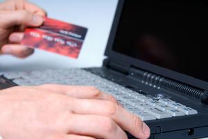 Απάτη με ηλεκτρονικές αγορές αξίας πάνω από 500.000 ευρώ!