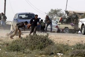 Δεκάδες χιλιάδες νεκροί από τις συγκρούσεις στη Λιβύη
