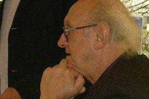 Σε επίτιμο διδάκτορα του τμήματος Φιλολογίας του ΑΠΘ θα αναγορευθεί ο συγγραφέας Πέτρος Μάρκαρης