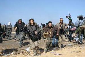 Ο Καντάφι (ξανα)κυνηγάει τους δημοσιογράφους