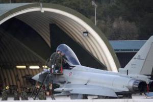Οι έξοδοι αεροσκαφών και οι νηοψίες του ΝΑΤΟ στη Λιβύη