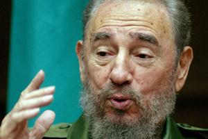 Ο Έμπολα φέρνει κοντά Κούβα και ΗΠΑ