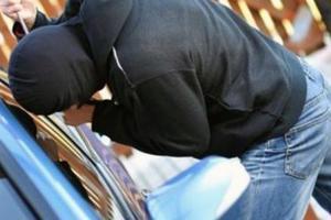 Εξιχνιάστηκαν διαρρήξεις οχημάτων στη Θεσσαλονίκη