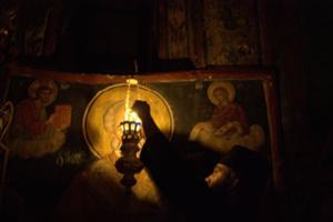 Έκλεψαν τα καντήλια από εκκλησία της Κέρκυρας