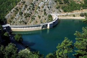 Υπερχείλισε η λίμνη Πλαστήρα