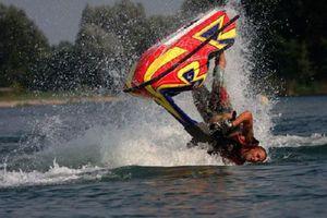 Δύο τραυματισμοί στον Πανελλήνιο αγώνα φουσκωτών σκαφών – τζετ σκι στην Κέρκυρα