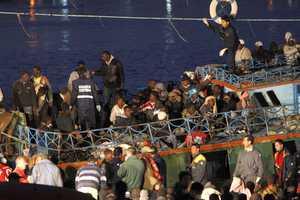 Πάνω από 500 μετανάστες έφτασαν στη Λαμπεντούζα σε 48 ώρες