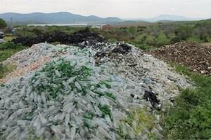 Επικίνδυνη «επιχείρηση» σκουπιδιών
