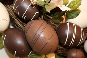 Σοκολατένια αυγά γεμιστά!
