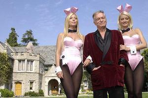 Δημιουργίες υψηλής ραπτικής για τα «κουνελάκια» του Playboy