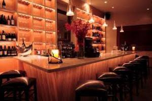 Μπαράζ ελέγχων σε μπαρ της Κρήτης
