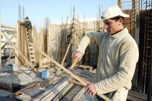 «Βουτιά» της οικοδομής κατά 44,8%