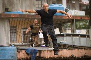 Πρώτο το «Fast Five» στο αμερικανικό box office
