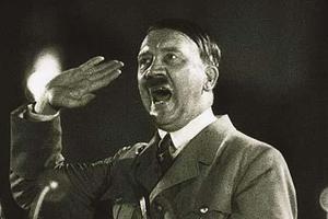 Κούκλες του σεξ με διαταγή Χίτλερ!