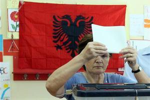 Κορυφώνεται η προεκλογική εκστρατεία στην Αλβανία