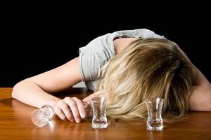 Μεθυσμένη τουρίστρια αναστάτωσε το Λιμενικό