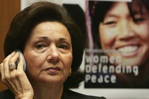 Καθυστερήσεις στη μεταφορά της Σουζάν Μουμπάρακ