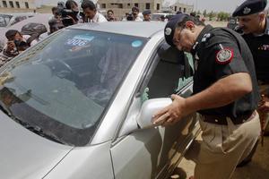 Επικροτούν την επίθεση στο Καράτσι οι Ταλιμπάν του Πακιστάν