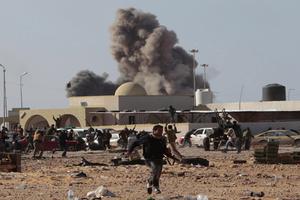 Αιματηρή επίθεση του ΝΑΤΟ στην έδρα της λιβυκής τηλεόρασης