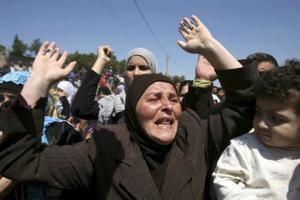 Ανοιχτά τα σύνορα της Τουρκίας για τους σύρους πρόσφυγες