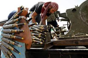 Βομβαρδίζουν ανηλεώς οι δυνάμεις του Καντάφι