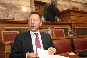 Έντονη κριτική στην κυβέρνηση από το Γ. Στουρνάρα