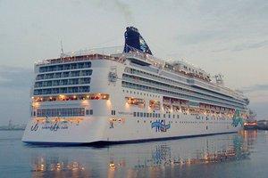 «Άρρωστο» κρουαζιερόπλοιο στον Πειραιά