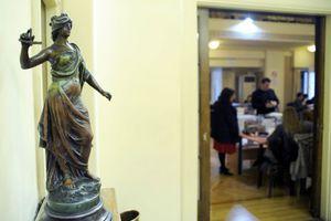 Συνεχίζουν την αποχή τους οι δικηγόροι της Αθήνας έως και τις 28 Μαρτίου