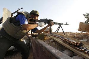 Le Figaro: Η Γαλλία στέλνει όπλα στους εξεγερμένους