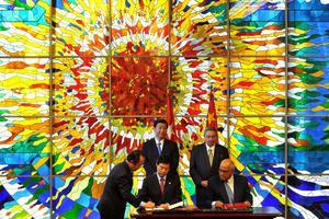 Η Κίνα στηρίζει το σχέδιο της Κούβας για μεταρρυθμίσεις