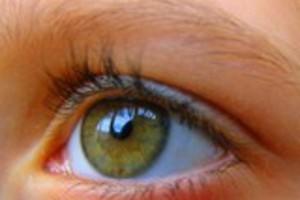 Εξετάστε τακτικά τα μάτια των παιδιών σας