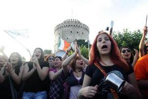 «Υποδέχονται» το Μ. Καρχιμάκη οι Αγανακτισμένοι της Θεσσαλονίκης