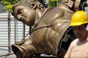 Σε δύο εβδομάδες το άγαλμα του Μ. Αλεξάνδρου στα Σκόπια