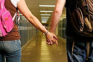 Οι πρόωρες σεξουαλικές σχέσεις οδηγούν σε... διαζύγιο