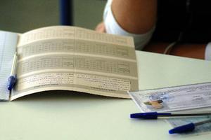 Αποχή για τους βαθμολογητές ξένων γλωσσών