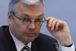 «Η Ελλάδα μάλλον θα χρειαστεί να τεθεί υπό εποπτεία»