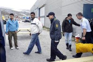 Συνέλαβαν τον γενικό διευθυντή της Greenpeace