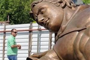 Και δεύτερο άγαλμα του Μ. Αλεξάνδρου στα Σκόπια