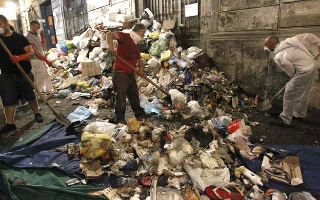 Απεργούν οι εργαζόμενοι στον τομέα της καθαριότητας στο Παρίσι