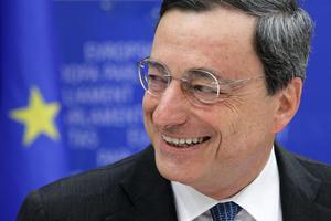 Χαιρέτισε την απόφαση για την τραπεζική εποπτεία ο Ντράγκι