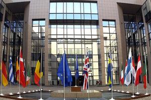 «Πραξικόπημα» στην Ευρώπη προβλέπει ο Χάμπερμας