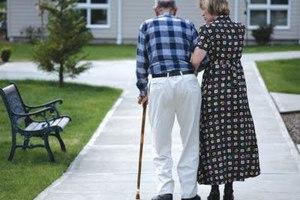 Άδειασαν τα γηροκομεία λόγω κρίσης