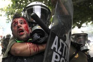 Για «σκληρή καταστολή» κάνουν λόγο τρία στελέχη του ΠΑΣΟΚ