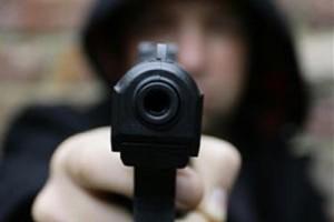 Ληστεία με όπλο και τσεκούρι στην Ερέτρια