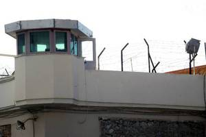 Κρατούμενος τραυμάτισε δύο σωφρονιστικούς στον Κορυδαλλό