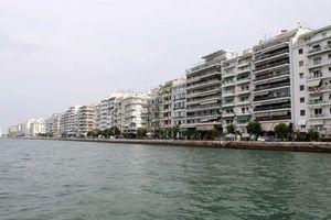 Αποπνικτική η ατμόσφαιρα στη Θεσσαλονίκη