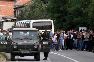 Αποκλεισμοί δρόμων από επιχειρηματίες του Κοσόβου