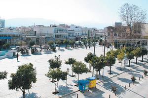 Κόντρες για την ανάπλαση της πλατείας του Αλμυρού